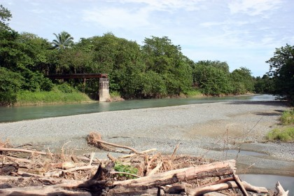The current bad weather has cut off Guadalcanal communities from accessing basic needs in town.