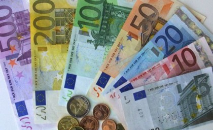 New Caledonia is using French Currency. Photo: bestourism.com