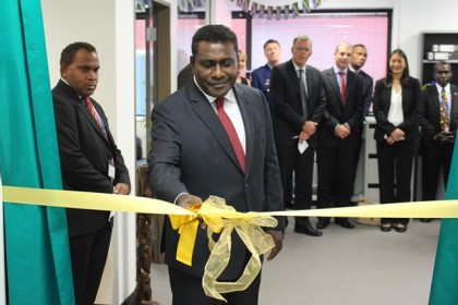 Prime Minister Gordon Darcy Lilo cutting the ribbon to officially open the High Commission office. Photo: Douglas Marau.