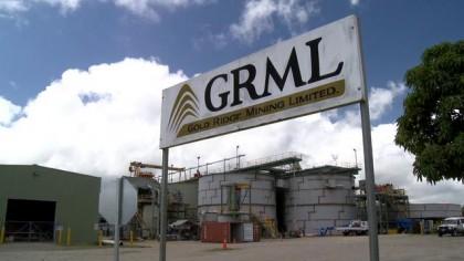 Gold Ridge Mining Limited billboard. Photo credit: SIBC.