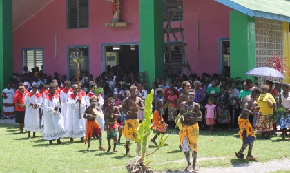 A similar church program at Visale Easter celebrations. Photo credit: SIBC.