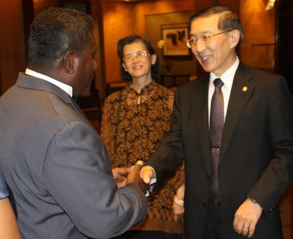 Prime Minister Lilo meeting Taiwan's Foreign Minister David Lin. Photo credit: PMO.