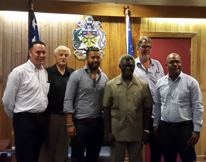 Prime Minister Manasseh Sogavare and the SICCI team who paid him the visit. Photo credit: OPMC.