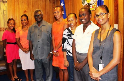 Prime Minister Manasseh Sogavare and the YWPG Executive Member. Photo credit: OPMC.
