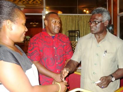 MASI President Leni Dalavera introduces SIBC's Georgina Maka'a to Prime Minister Manasseh Sogavare at the MASI night. Photo credit: SIBC.
