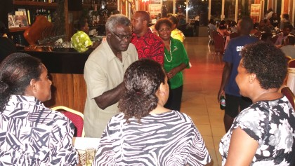 Prime Minister Manasseh Sogavare meeting members of the media during the MASI night. Photo credit: SIBC