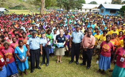 Ministry of Police, RSIPF and RAMSI team with some of the women. Photo credit: RAMSI Public Affairs.
