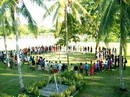 The women at Rohinari. Photo credit: www.catholicchurchsolomonislands.com
