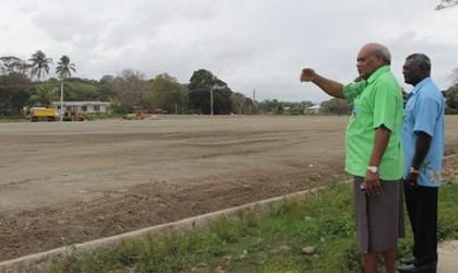 HE Patterson Oti showing the site to Prime Minister Manasseh Sogavare. Photo credit: OPMC Secretariat.