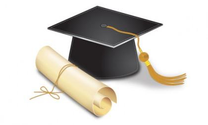 Graduation hat. Photo credit: www.vectordiary.com
