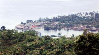 Overlooking Auki town in Malaita Province. Photo credit: Members.shaw.ca