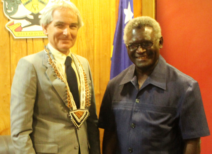 Prime Minister Manasseh Sogavare and Australian senior Foreign Affairs official, Deputy Secretary Ric Wells. Photo credit: OPMC.