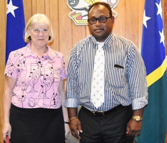 Acting Prime Minister Manasseh Maelanga and New Zealand High Commissioner Ms Marion Crawshaw. Photo credit: GCU.