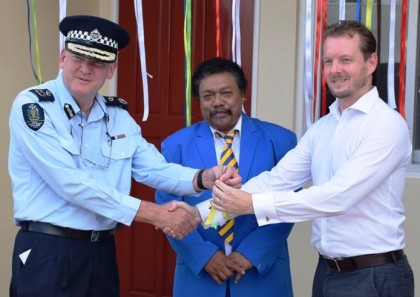 RAMSI Special Coordinator Mr. Quinton Devlin hand over the keys to former Commissioner of Police Frank Prendergast. Photo credit: RSIPF media.