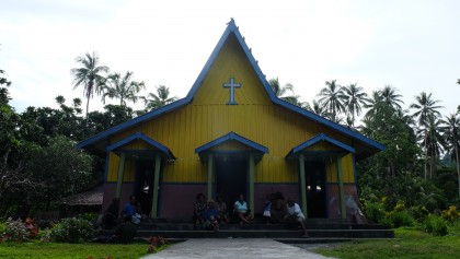 The yellow church of Kaogele