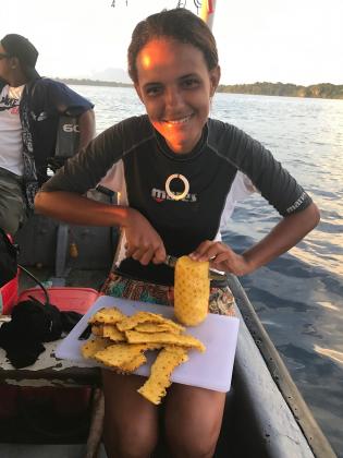 Zaza Bedford on a Dive Munda boat