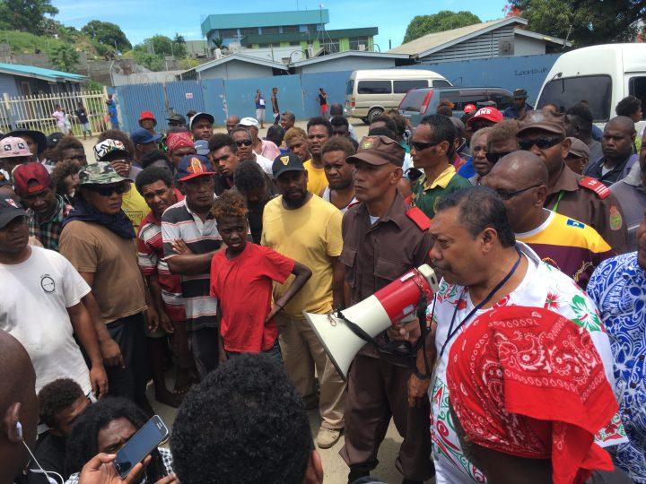 Honiara bus operators protest HCC route ordinance