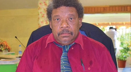 """""""I will not tolerate any foreigner coming into my province to intimidate, harass, or put the lives of my people in danger,"""" Premier Stanley Siapu."""